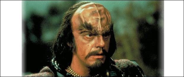 Dans quel Star Trek a-t-il incarné le commandant Klingon ?