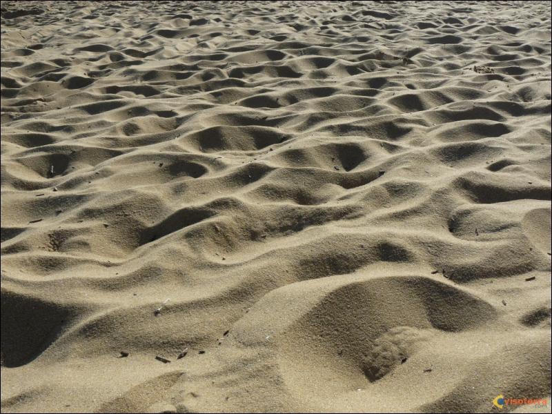 A combien de degrés doit-on chauffer le sable pour en faire du verre ?