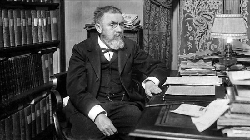 Mathématicien, physicien, philosophe, quel est cet ingénieur célèbre ?