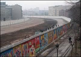 En quelle année le mur du Berlin a-t-il été détruit ?