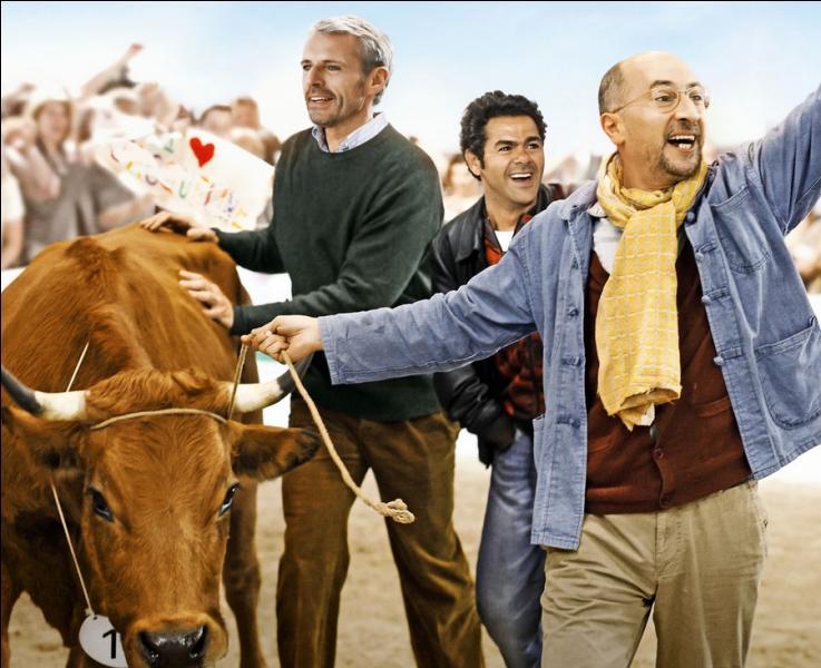 """Fatah, petit paysan Algérien n'a d'yeux que pour sa vache , qu'il rêve d'emmener à Paris, au salon de l'Agriculture... Quel nom porte l'héroïne de ce film """"La vache"""" ?"""