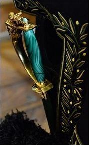 Son épée a été façonnée par la maison Arthus Bertrand. Une sculpture de l'enlèvement d'Europe orne la garde. Deux médaillons représentent Mariane et le cèdre du Liban de part et d'autre du fourreau. La lame est gravée d'un côté, des prénoms de sa femme et de ses trois fils, et de l'autre des premiers mots d'un poème écrit par son père. Elle appartient évidemment à...