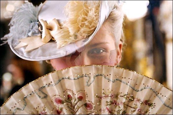 Docteur, je suis Marie-Antoinette d'Autriche, qui sera mon époux ?