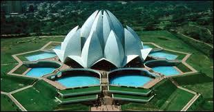 Si je vous dis le Fort rouge, la tombe de Humayun et le temple du Lotus, vous me dites ?