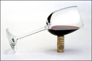 Quand l'âge y est pour quelque chose ! Ben, oui offrez-moi donc du vin pour mon anniversaire, c'est ce que je préfère ; je stocke ! Quelle association ferez-vous ?