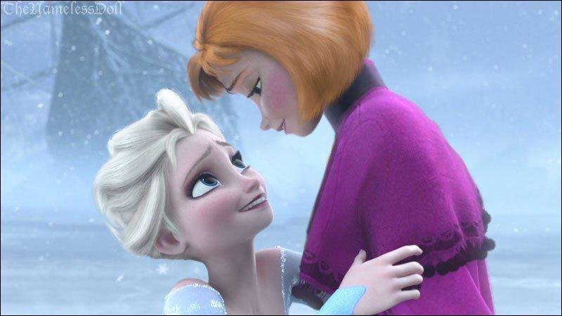 Merci ma chère Elsa, toi aussi tu es magnifique ! Oh, je me fiche du petit roux qui m'avait manipulée. Le seul homme que je connais est maintenant Kristoff. Bon, à la limite, notre bonhomme de neige :