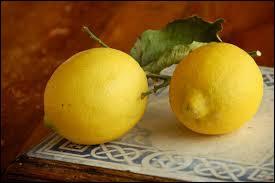 """Complétez : """"Lorsque je suis allée à ..., j'ai acheté des citrons."""""""