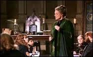 Que raconte le professeur Binns à propos de la Chambre des Secrets ?