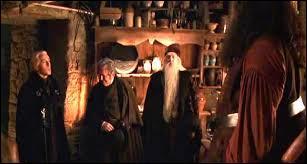 Que dit Hagrid avant de suivre le ministre de la Magie ?
