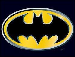 Quel super-héros est représenté par ce logo ailé ?