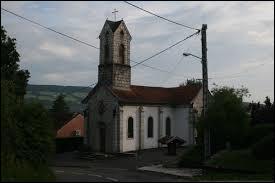 Nous sommes maintenant à Autechaux-Roide. Village Doubien, il se trouve dans la nouvelle région ...