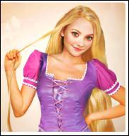 C'est bon, je suis dans la voiture avec Pocahontas. On va chercher Aurore, mais on doit l'aider à descendre de sa chambre. Comment s'appelle la fille aux longs cheveux dorés ?