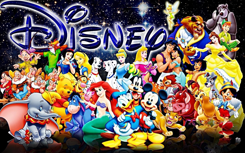 Personnages Disney sortant tous ensemble
