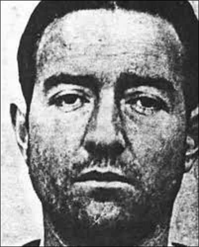 """Pierre Loutrel est né le 5 mars 1916. Premier bandit à être désigné comme ennemi public n°1, il est l'un des meneurs du """"Gang des tractions avant"""", qui terrorisera la France de février à novembre 1946 avec pas moins d'une quinzaine de braquages. Grièvement blessé au bas ventre en rangeant son pistolet lors d'un hold-up, il meurt de ses blessures le 06 novembre 1946.Quel était son surnom ?"""