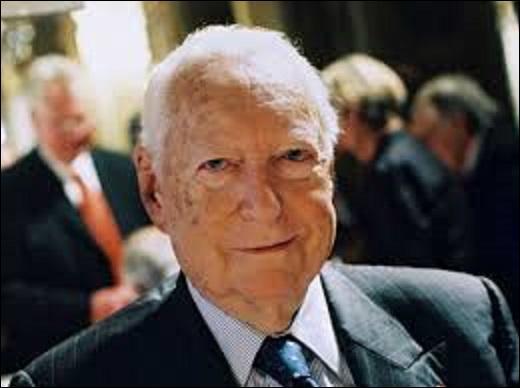 Homme politique né le 20 mars 1916 et décédé en 2007, il occupa durant sa carrière les postes de ministre des Armées (1960-1969), ministre d'État, chargé des départements d'Outre-mer (1971-1972), Premier ministre sous Pompidou (1972-1974), député de la Moselle (1978-1988), président du conseil régional de Lorraine (1978-1979) et maire de Sarrebourg (1971-1989). Qui est-ce ?