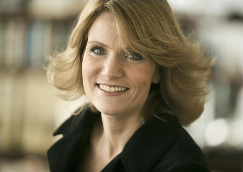 Helle Thorning-Schmidt est, ni plus ni moins, la première ministre de son pays. Lequel ?