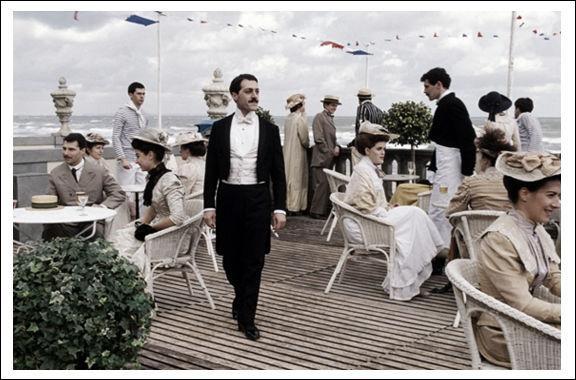 Quel est ce film sorti en 1998, avec Catherine Deneuve, Emmanuelle Béart et Vincent Pérez ?