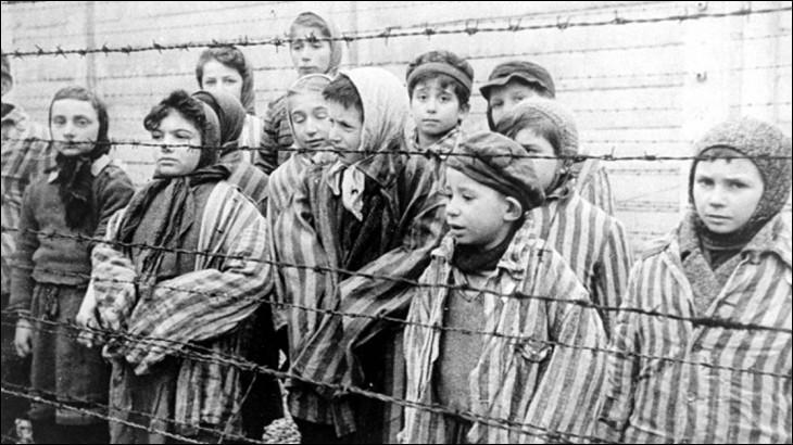 Que signifie le mot « Shoah » utilisé généralement pour désigner le génocide perpétré par l'Allemagne nazie durant la Seconde Guerre mondiale ?