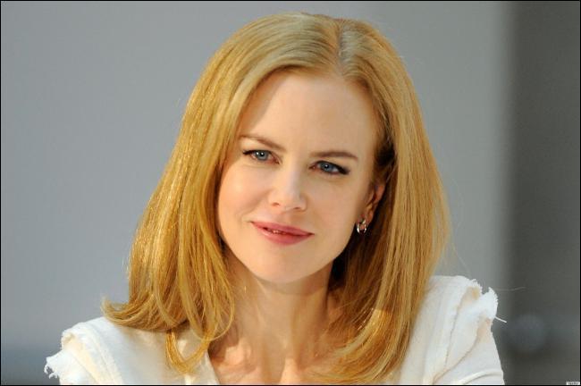 Mais non, la voici Nicole Kidman ! Mais son Q.I. n'est pas mal non plus. Combien ?