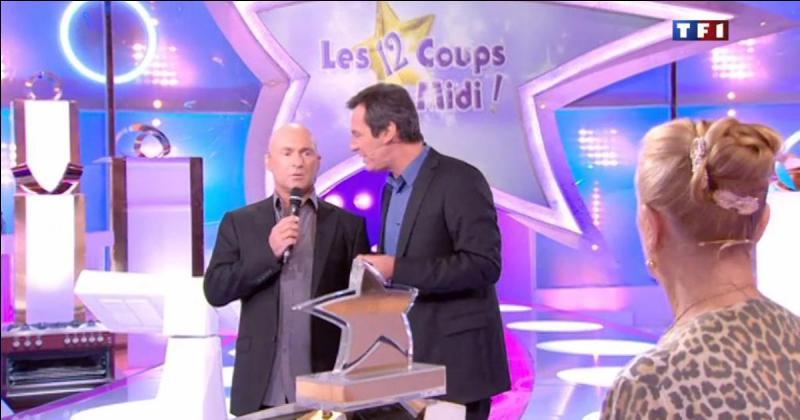 Les Douze Coups de midi est un jeu télévisé français qui est actuellement présenté par Jean-Luc Reichmann.