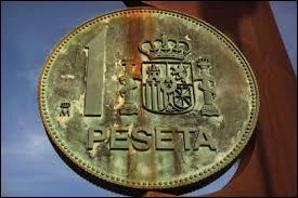 Moneda dont le pays parle la langue du premier mot de cette question, c'est celle de l' / du / de la :