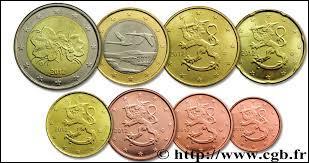 Monnaie du pays dans la population était de 5 439 millions de personnes en 2013, c'est celle de la / l' :