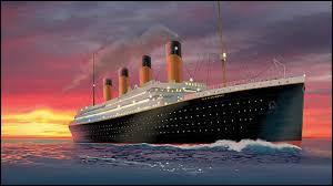 """Trouvez de quelle chanteuse il s'agit à l'aide des indices suivants : """"Canada"""", """"Titanic"""" et """"Las Vegas""""."""