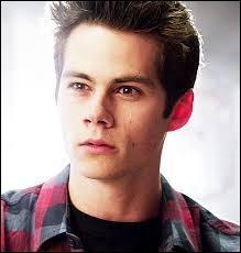 Qui Stiles tue-t-il ?