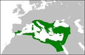 La langue la plus parlée dans l'Empire byzantin était :