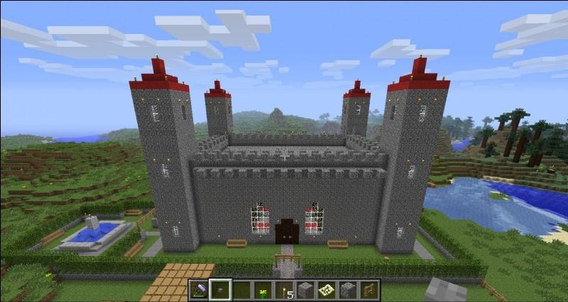"""Aypierre et Nems ont un château qui a été """"pranké"""" ; mais avec quels blocs ?"""