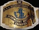 Quelles personnes ont remporté au moins une fois le titre Intercontinental de la WWE ?