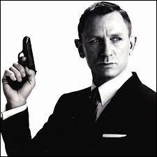 Quel est le nom de code du célèbre agent secret James Bond ?
