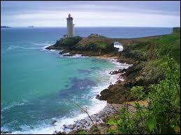Si on se trouve en Bretagne, quel sera l'indicatif téléphonique ?