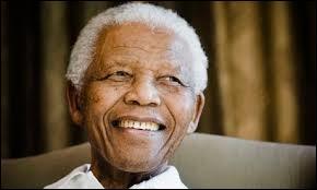 Avez-vous reconnu ce célèbre homme d'Etat africain, grand artisan de la paix et de l'unification dans son pays ? Si oui, vous n'aurez aucun mal à citer la capitale qui correspond :