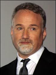 Quel acteur a joué dans trois films à succès du réalisateur David Fincher ?