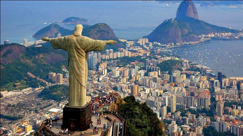 Rio de Janeiro est la capitale du Brésil.