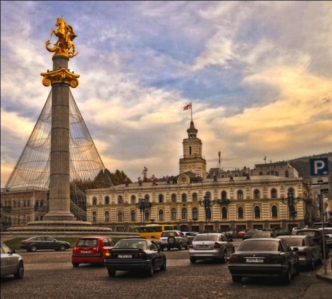 Tbilissi est la capitale de la République de Géorgie.