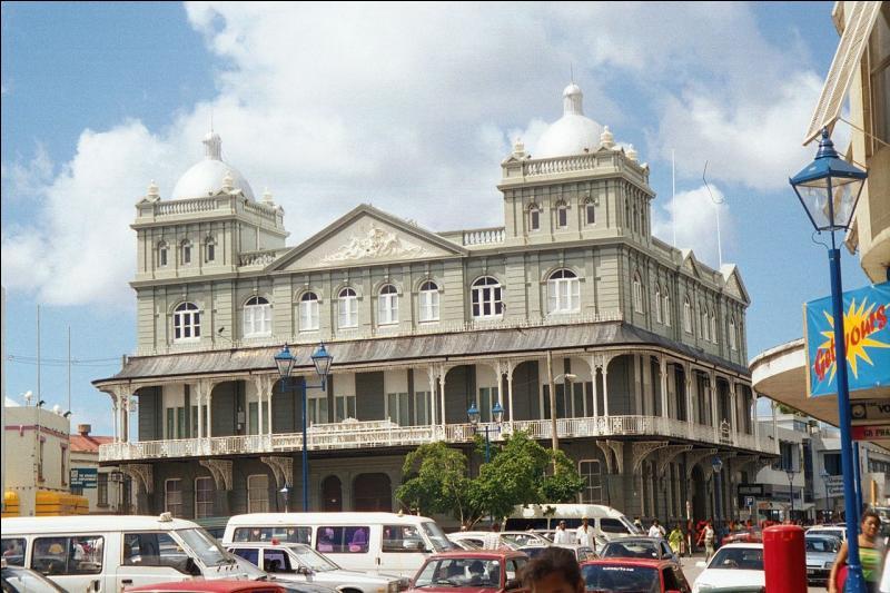 Bridgetown est la capitale de l'île de la Grenade, située dans les Caraïbes.