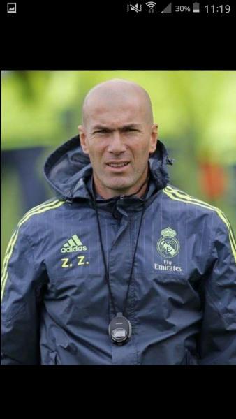 Qui est cet entraîneur du Real Madrid en 2016 ?