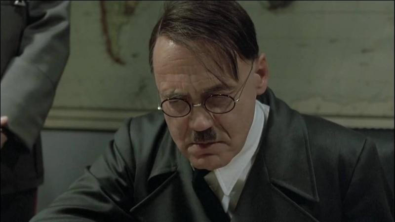 Quel film, sorti en 2004, raconte les derniers moments d'Adolf Hitler dans son bunker ?