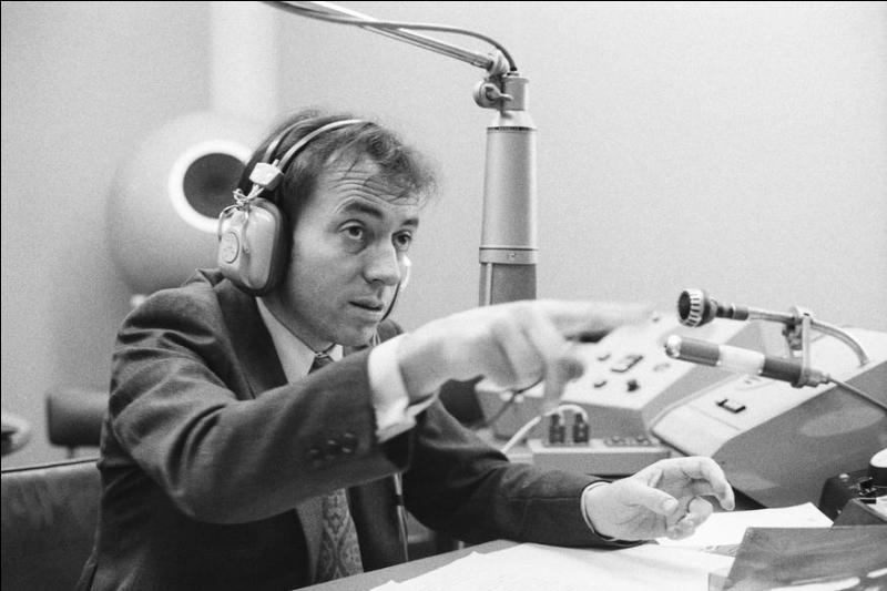 Pierre Bouteiller fut une des grandes voix de France Inter durant plusieurs décennies. Retrouvez le titre d'une de ses émissions !