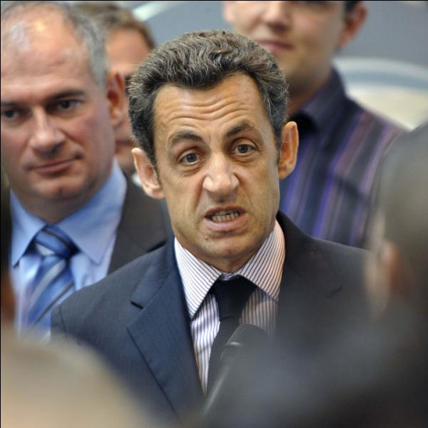 """Nicolas Sarkozy ne contrôle pas toujours sa colère. À quelle occasion tint-il à peu près ce langage : """"Casse-toi, pauv' con"""" ?"""