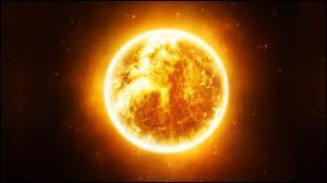 Le Soleil est plus précisément :