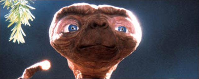 Salut E.T. ! Qu'est-ce que tu veux ?