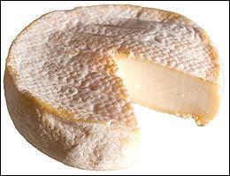 Fromage suisse à pâte molle à croûte fleurie - fromage à base de lait de vache au goût typé et au cœur moelleux - parfois aromatisée au cumin, au poivre ou à l'ail des Ours