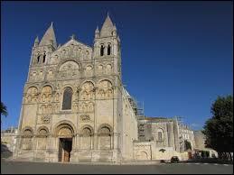 La Charente et la Vendée donnent la somme suivante :