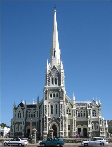 Vous contemplez l'église réformée hollandaise de Graaf-Reinet. Dans quel pays sommes-nous ?