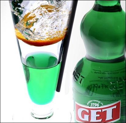 Grâce à cette boisson, même bourré on garde l'haleine fraîche et mentholée...
