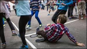 Bien souvent, dans 60% des cas, l'enfant harcelé pense à faire quelque chose. Quoi, exactement ?