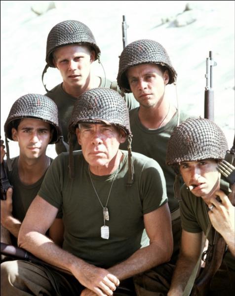 """Dans le film """"Au-delà de la gloire"""", un soldat US est blessé. Il perd une partie de son corps, laquelle ?"""